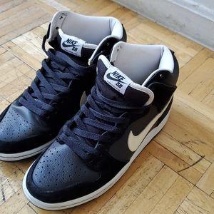 Nike SB Dunk High Venom (Best Offer)